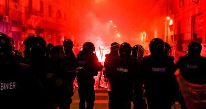 Napoli Scontri Violenza Criminale